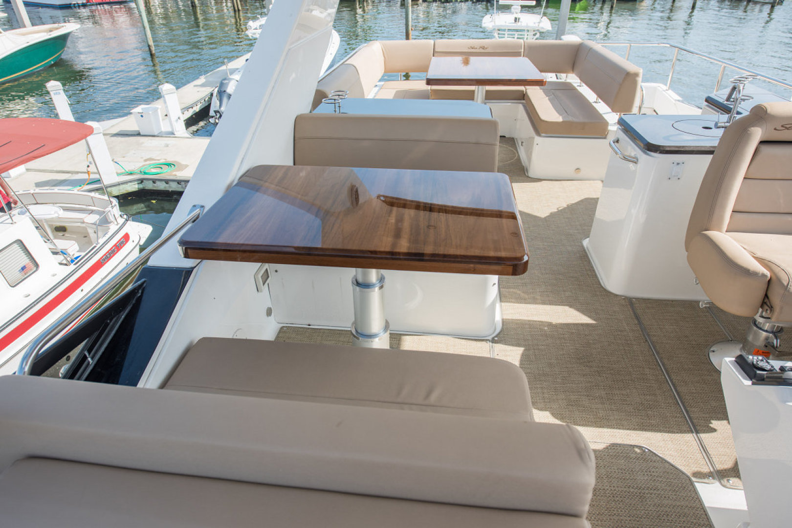 Sea Ray-L590 Fly 2016-2016 Sea Ray L590 Fly Ft. Lauderdale-Florida-United States-1284611 | Thumbnail