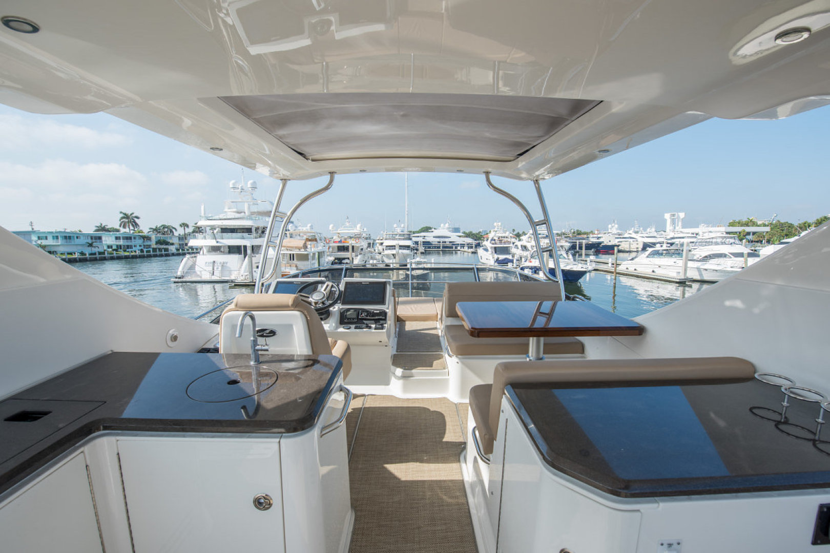 Sea Ray-L590 Fly 2016-2016 Sea Ray L590 Fly Ft. Lauderdale-Florida-United States-1284603 | Thumbnail