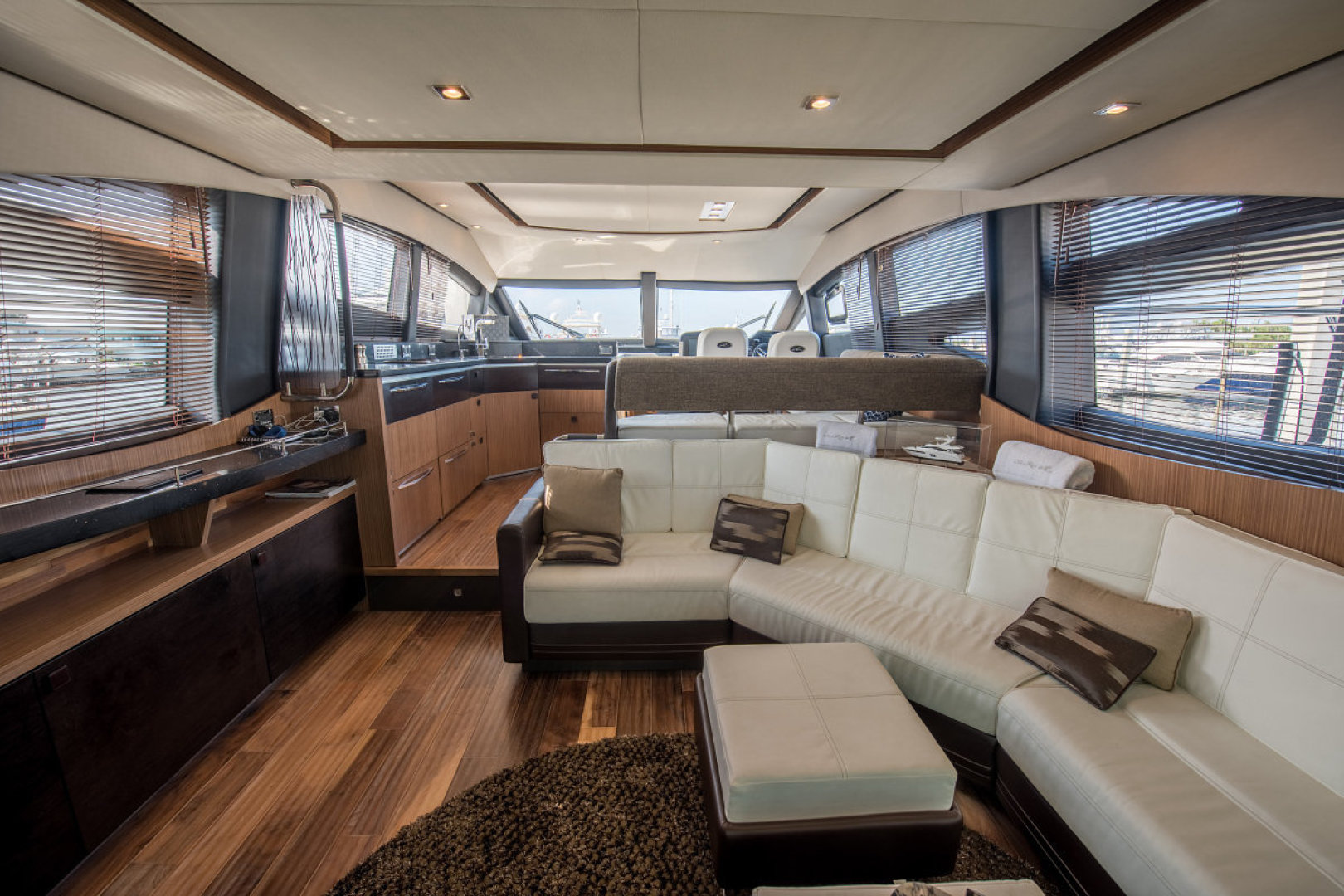 Sea Ray-L590 Fly 2016-2016 Sea Ray L590 Fly Ft. Lauderdale-Florida-United States-1284623 | Thumbnail