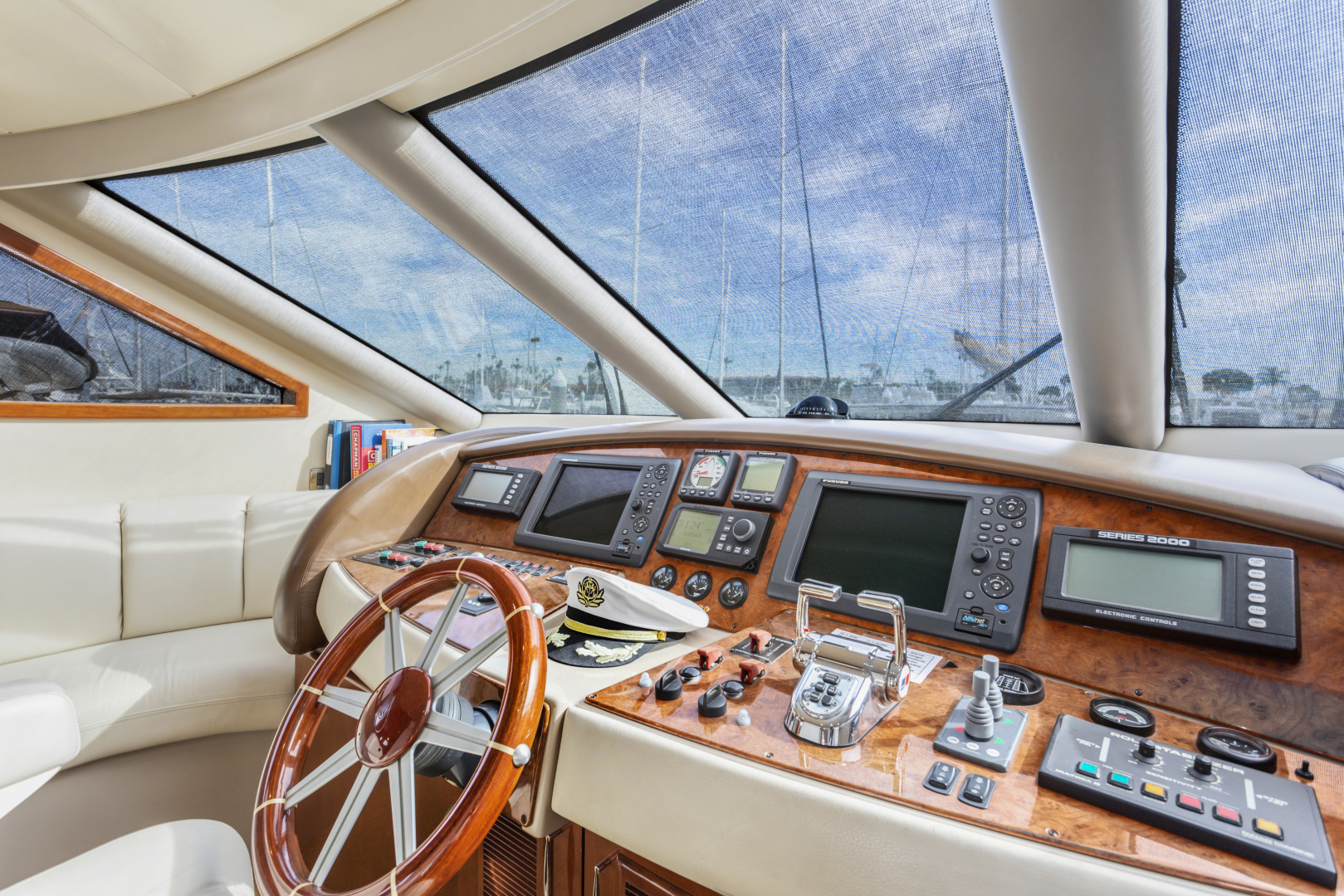 Picture Of: 69' Marquis Marquis 65 2004 Yacht For Sale   2 of 40