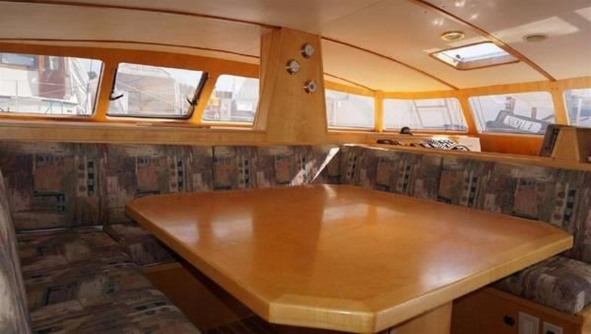 Custom-Simpson Slipstream 15 1998-Journey II Gibsons-British Columbia-Canada-Salon Dinette-1285609 | Thumbnail