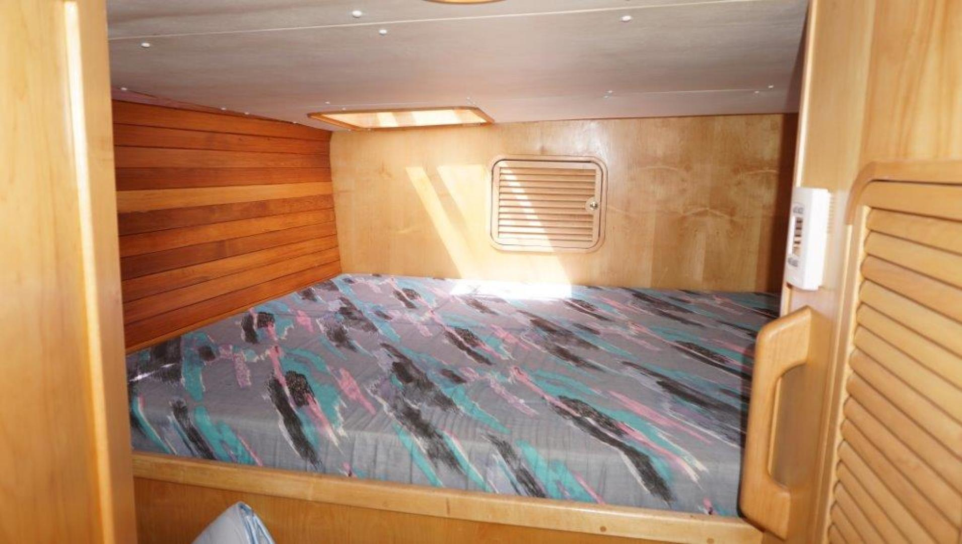 Custom-Simpson Slipstream 15 1998-Journey II Gibsons-British Columbia-Canada-Starboard Aft Cabin-1285618 | Thumbnail