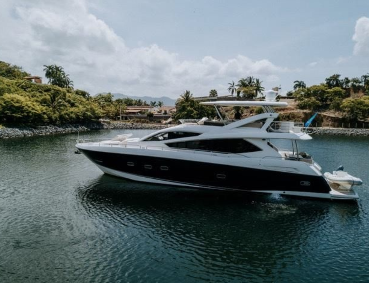 Picture Of: 74' Sunseeker 2014 Yacht For Sale | 1 of 40