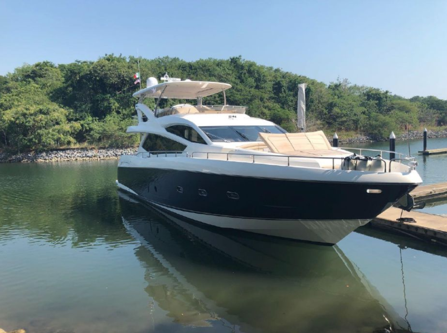 Astur is a Sunseeker  Yacht For Sale--0