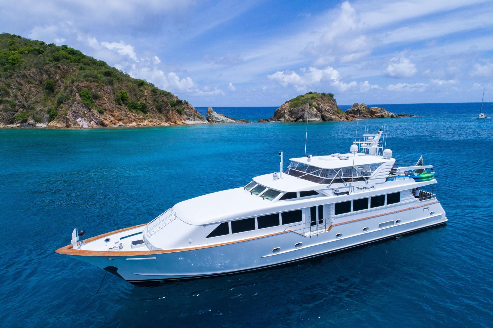 Picture Of: 103' Broward 2000 Yacht For Sale | 1 of 31
