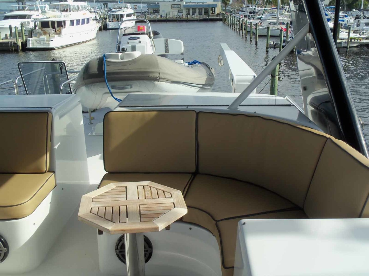 Queenship-Barretta 76 2004-SEA MYSTIC Fort Myers-Florida-United States-FB Seating To Port-1588139 | Thumbnail