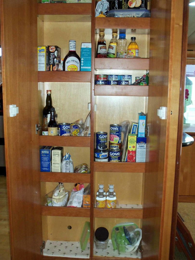 Queenship-Barretta 76 2004-SEA MYSTIC Fort Myers-Florida-United States-Pantry-1588086 | Thumbnail