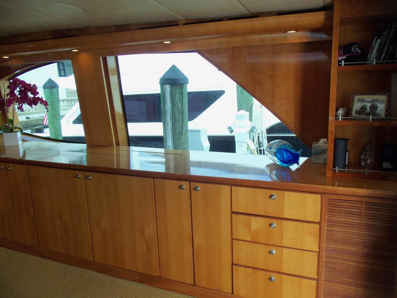 Queenship-Barretta 76 2004-SEA MYSTIC Fort Myers-Florida-United States-Salon To Port-1588077 | Thumbnail