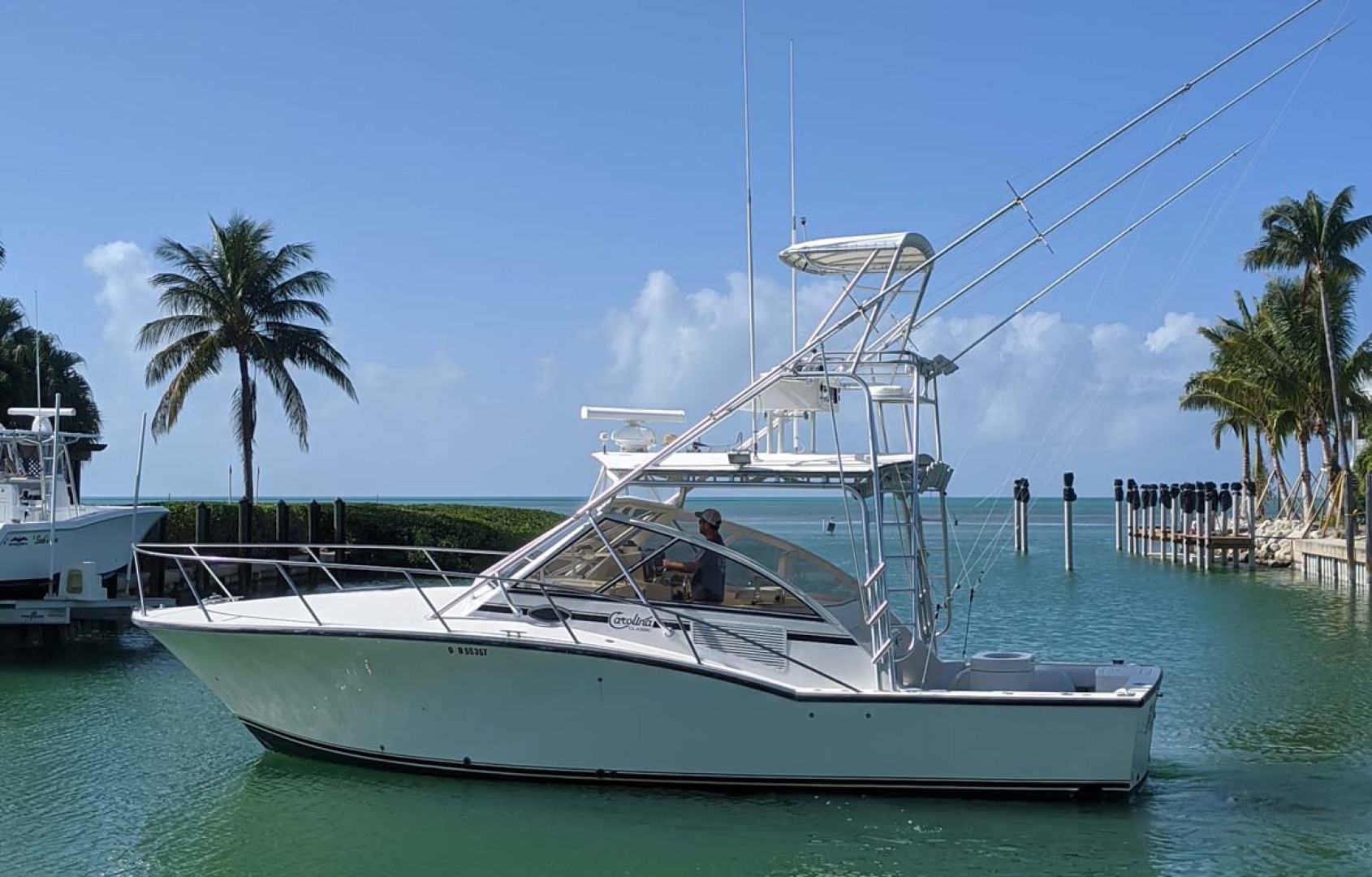 Carolina Classic-35 Express 2001-Fish Hard Key Largo-Florida-United States-Port-1289632 | Thumbnail