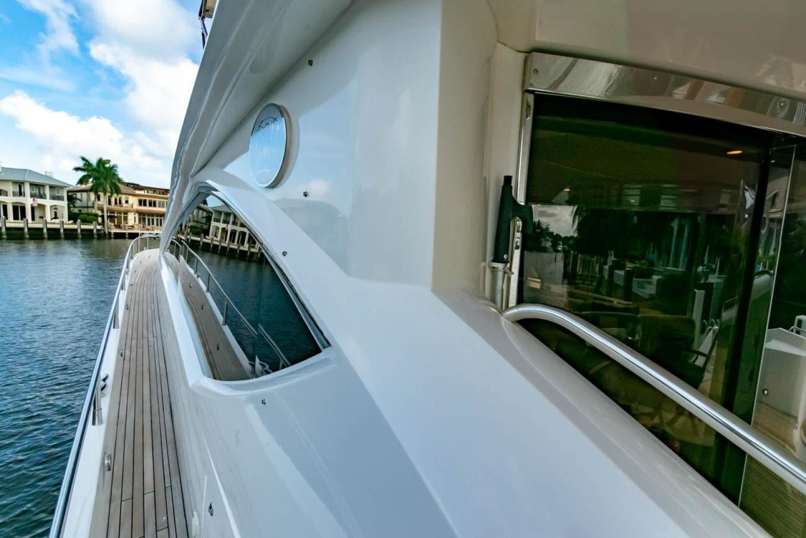 Picture Of: 75' Sunseeker Flybridge 2005 Yacht For Sale | 2 of 34