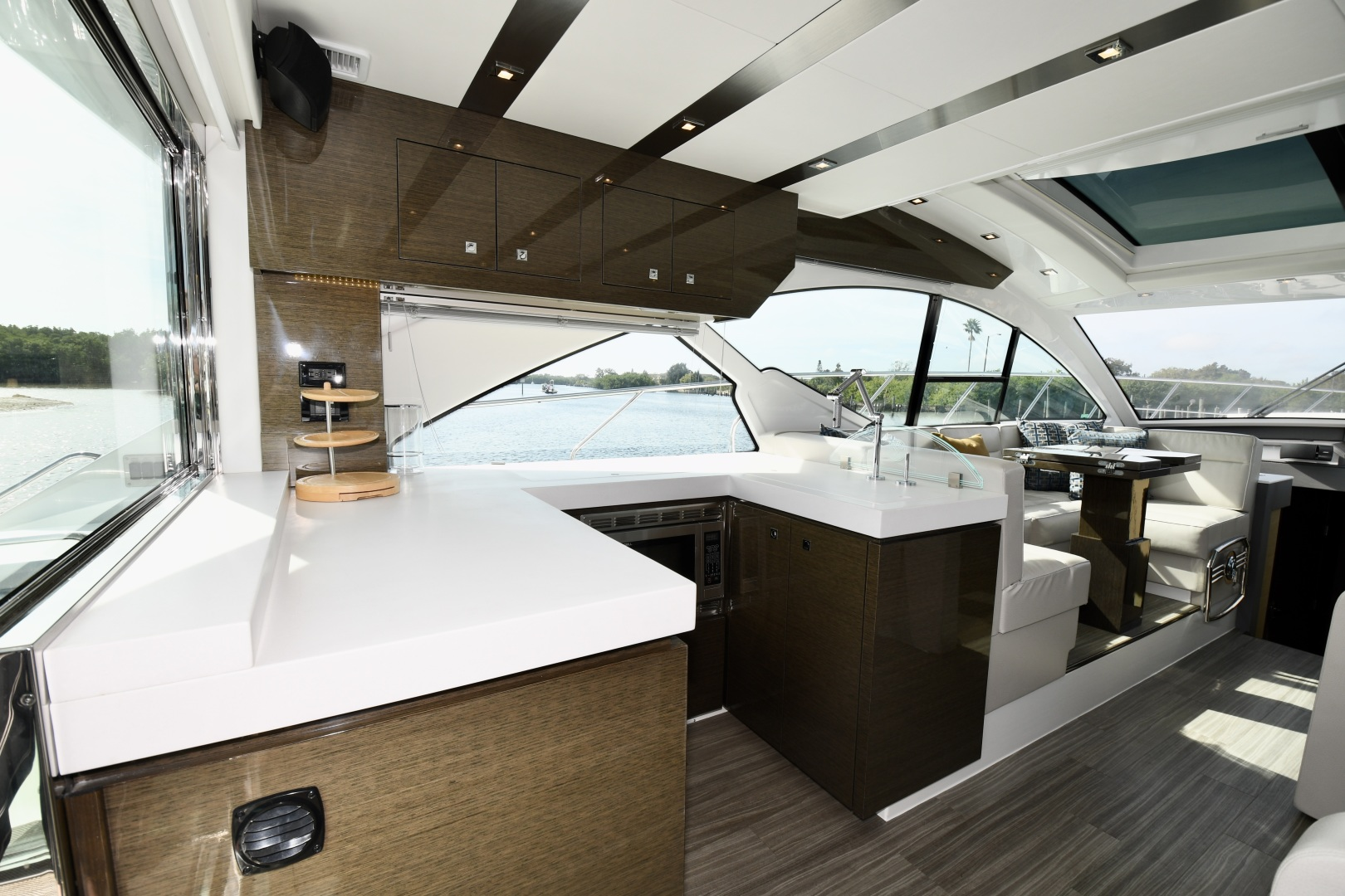 Cruisers-54 Cantius 2018-Pipe Dream St.Petersburg-Florida-United States-2018 Cruisers 58 Cantius Galley-1322827 | Thumbnail