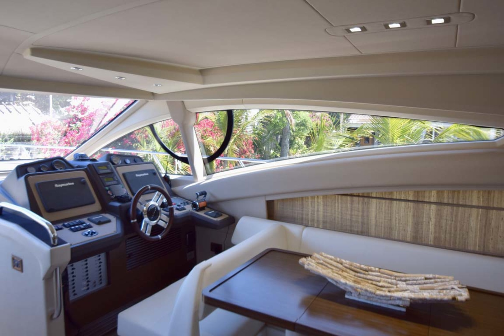 Azimut-54 Flybridge 2014-Suits Fort Lauderdale-Florida-United States-Lower Helm And Dining-1292149 | Thumbnail