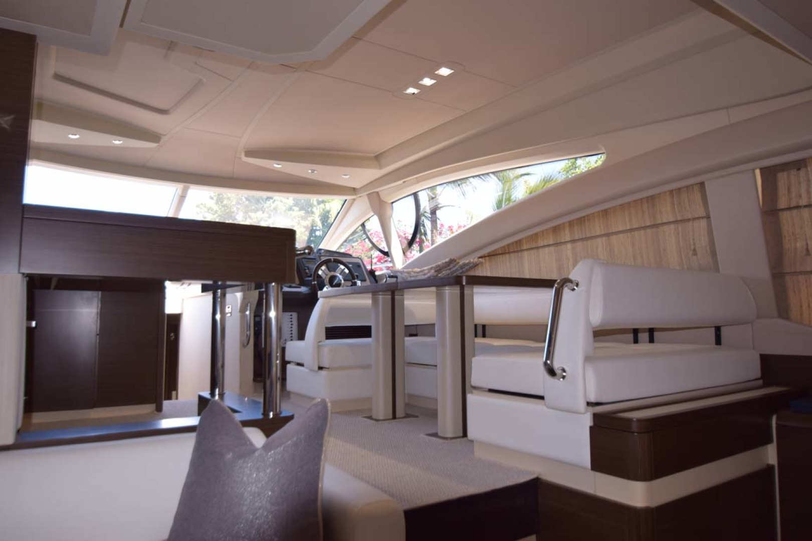 Azimut-54 Flybridge 2014-Suits Fort Lauderdale-Florida-United States-Salon To Dining Details-1292159 | Thumbnail