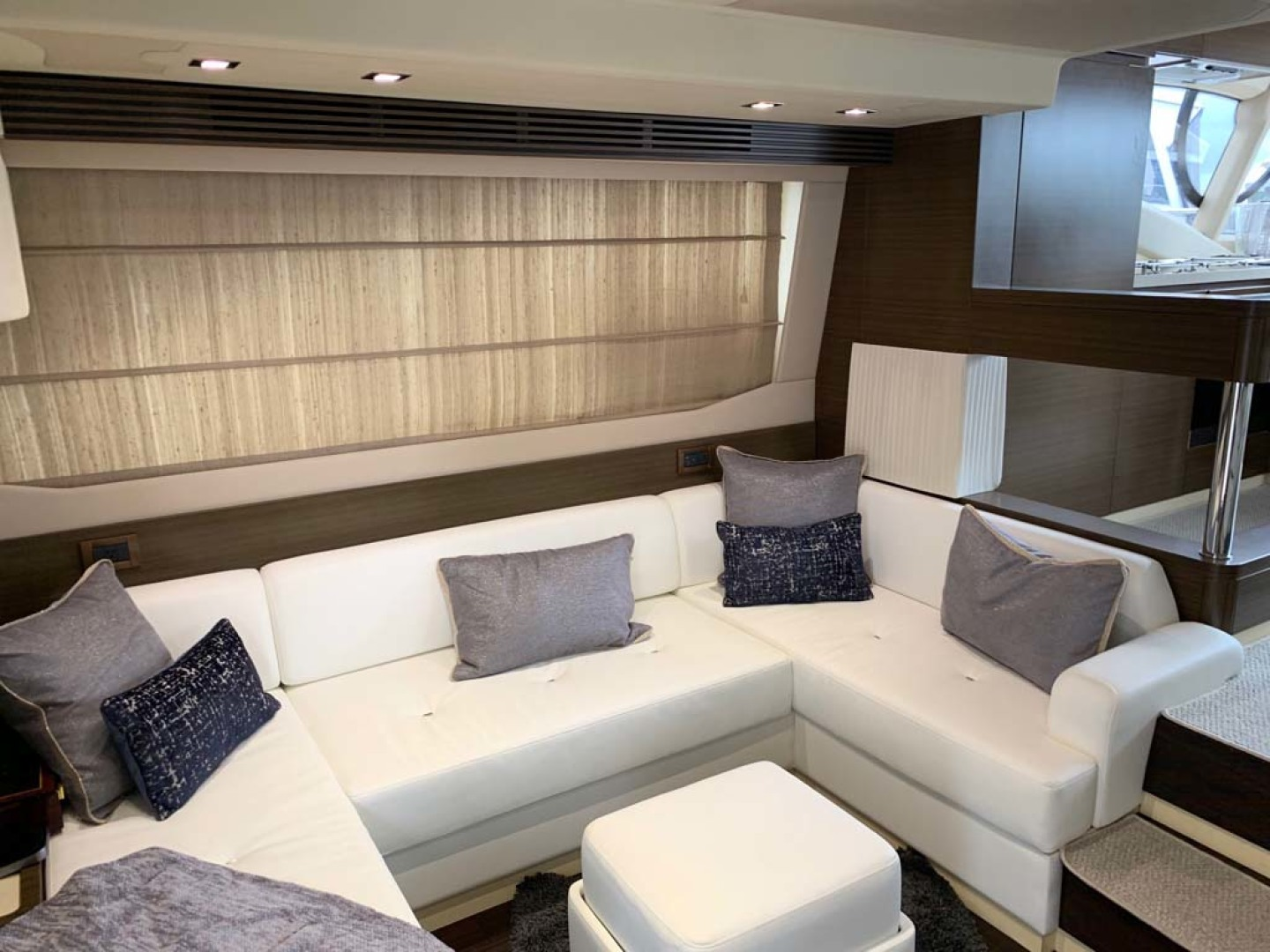 Azimut-54 Flybridge 2014-Suits Fort Lauderdale-Florida-United States-New Salon Soft Goods-1292167 | Thumbnail