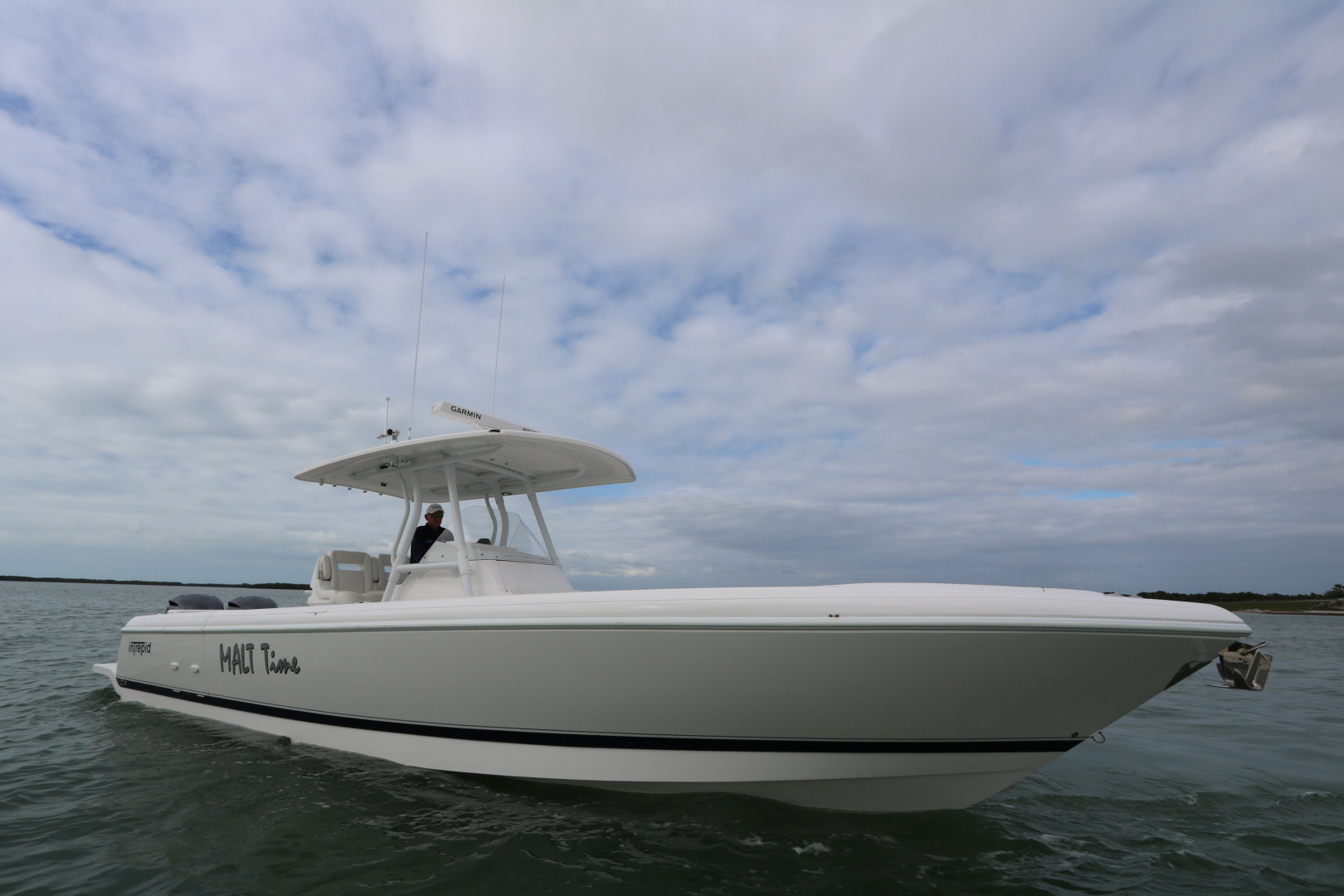 Picture Of: 32' Intrepid 327 Center Console 2016 Yacht For Sale | 1 of 21