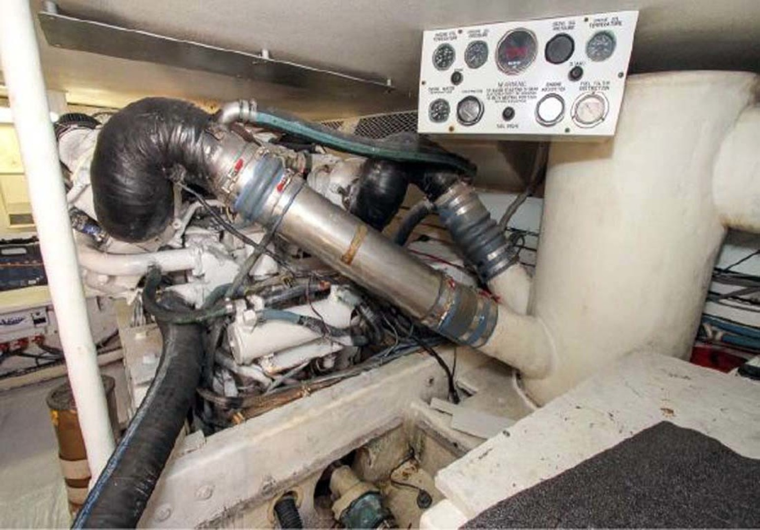 Viking-Convertible 1993-Out of Order Cape May-New Jersey-United States-Engine Room-1295376 | Thumbnail