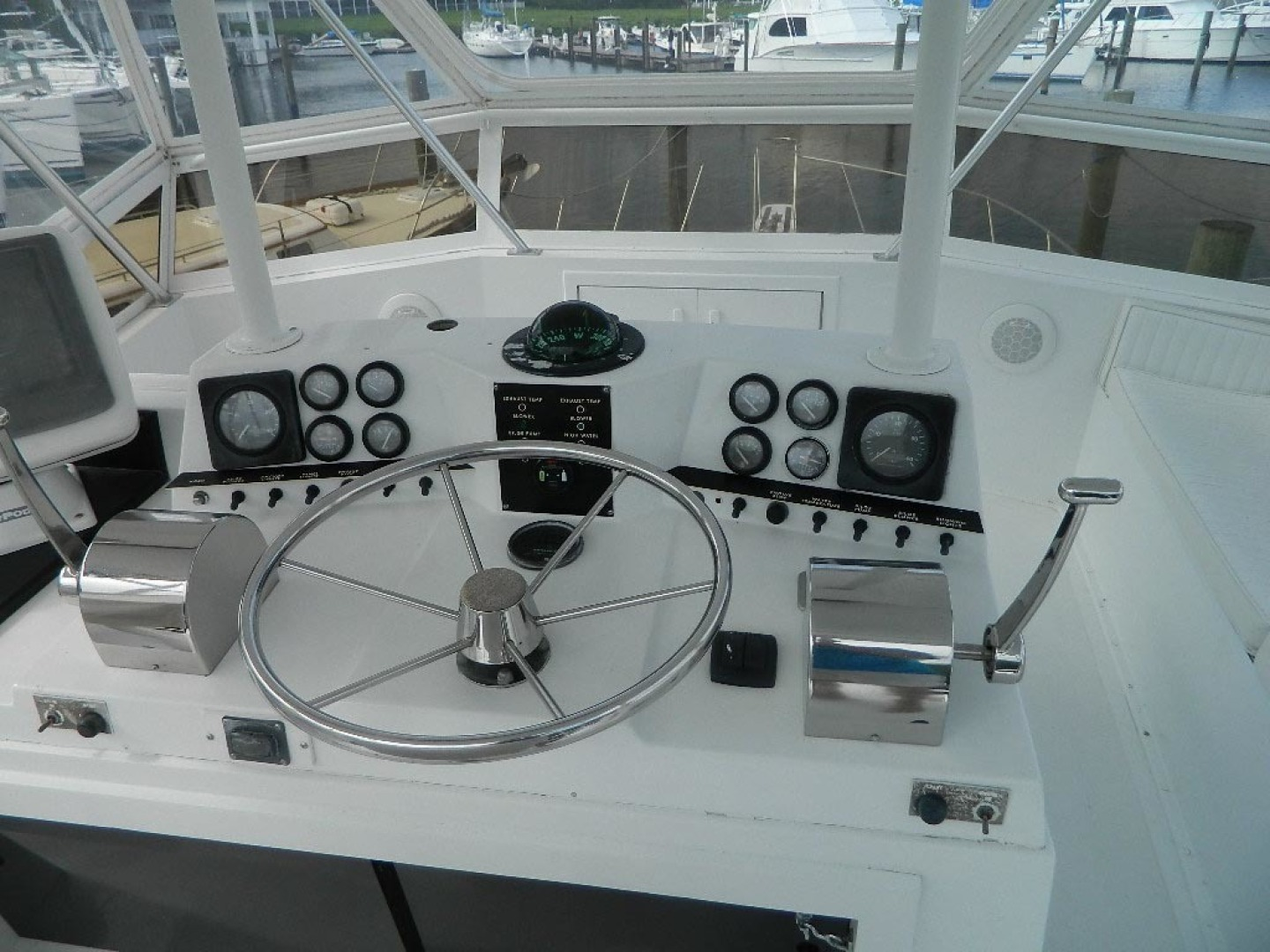Viking-Sport Fisherman 1985-Jean V Hobe Sound-Florida-United States-Flybridge Helm Console-1297275 | Thumbnail