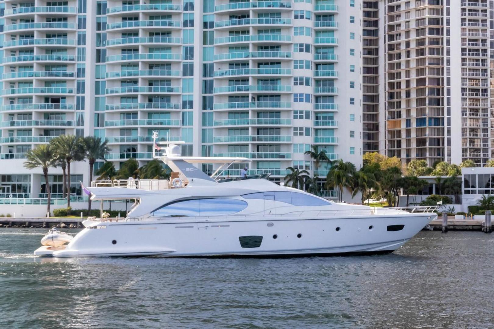 Picture Of: 85' Azimut Flybridge 2007 Yacht For Sale | 2 of 56