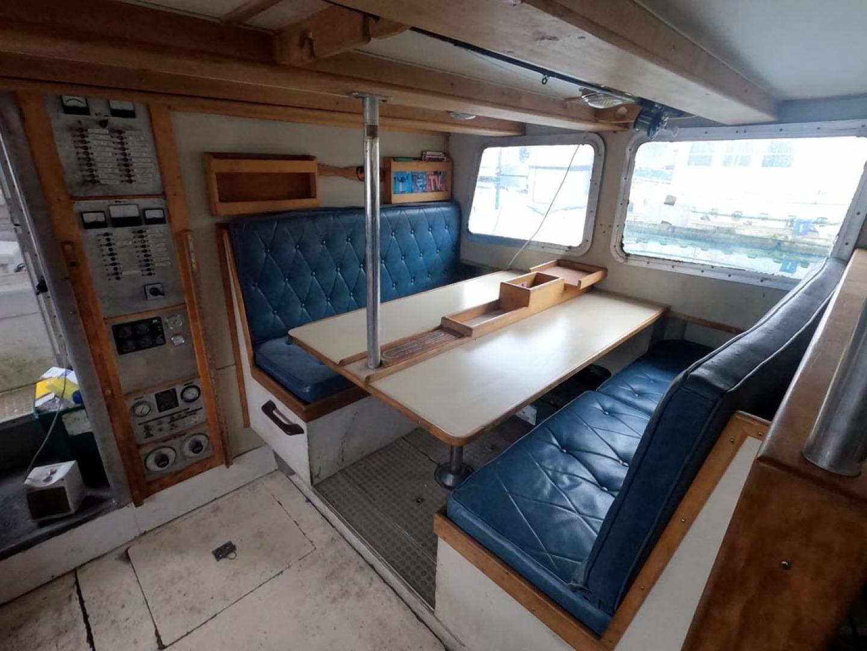 Custom-Bram Mfg/FH Marine 1989-Saint Jude Port Angeles-Washington-United States-Settee, Dinette-1298158 | Thumbnail