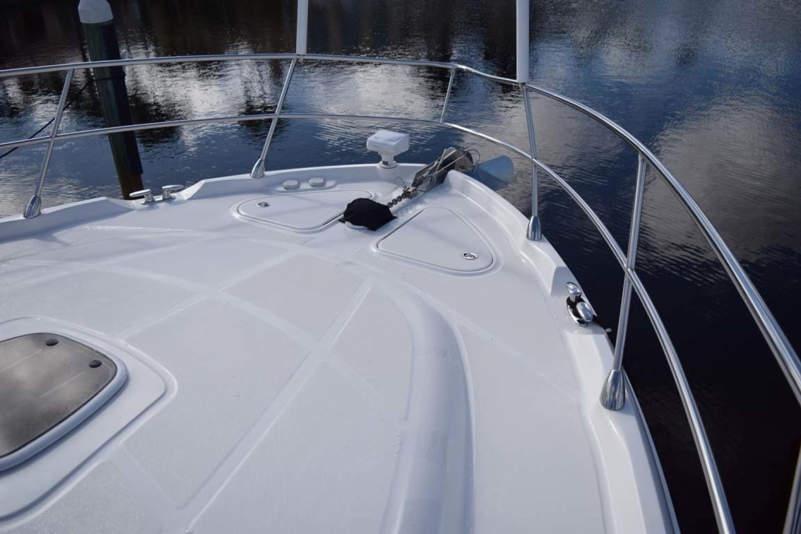 Sea Ray-Sundancer 610 2012-SON RYS Fort Myers-Florida-United States-Bow Storage Lockers, Anchor, Windlass-1298476 | Thumbnail