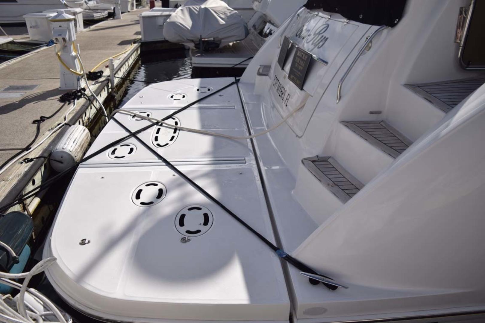 Sea Ray-Sundancer 610 2012-SON RYS Fort Myers-Florida-United States-Swim Platformd Detail-1298501 | Thumbnail