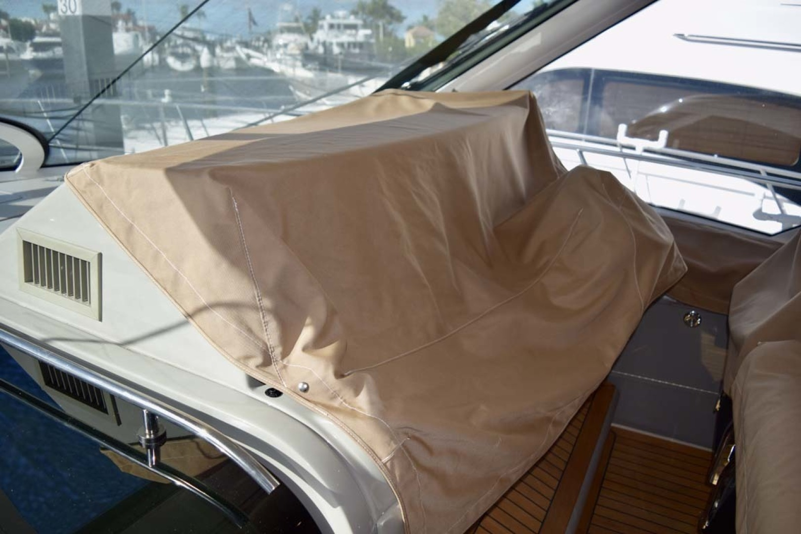 Sea Ray-Sundancer 610 2012-SON RYS Fort Myers-Florida-United States-Helm Covered And Protected-1298430 | Thumbnail