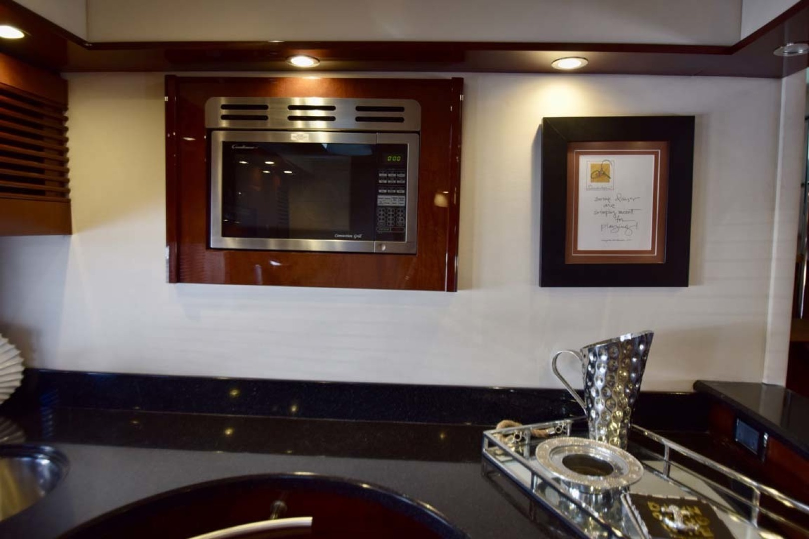 Sea Ray-Sundancer 610 2012-SON RYS Fort Myers-Florida-United States-Galley Microwave-1298451 | Thumbnail