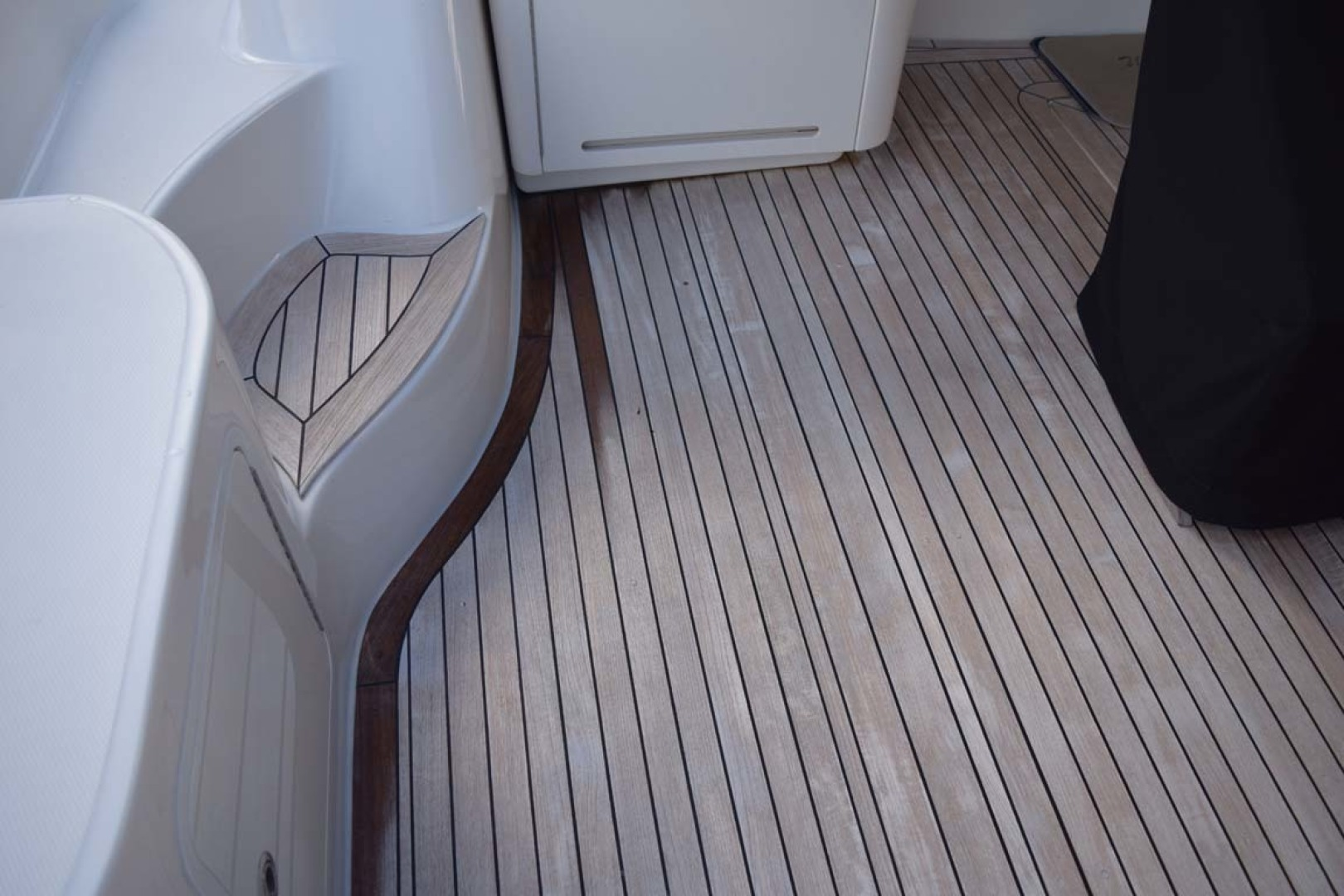 Sea Ray-Sundancer 610 2012-SON RYS Fort Myers-Florida-United States-Teak Detail PORt Side Aft Deck-1298498 | Thumbnail