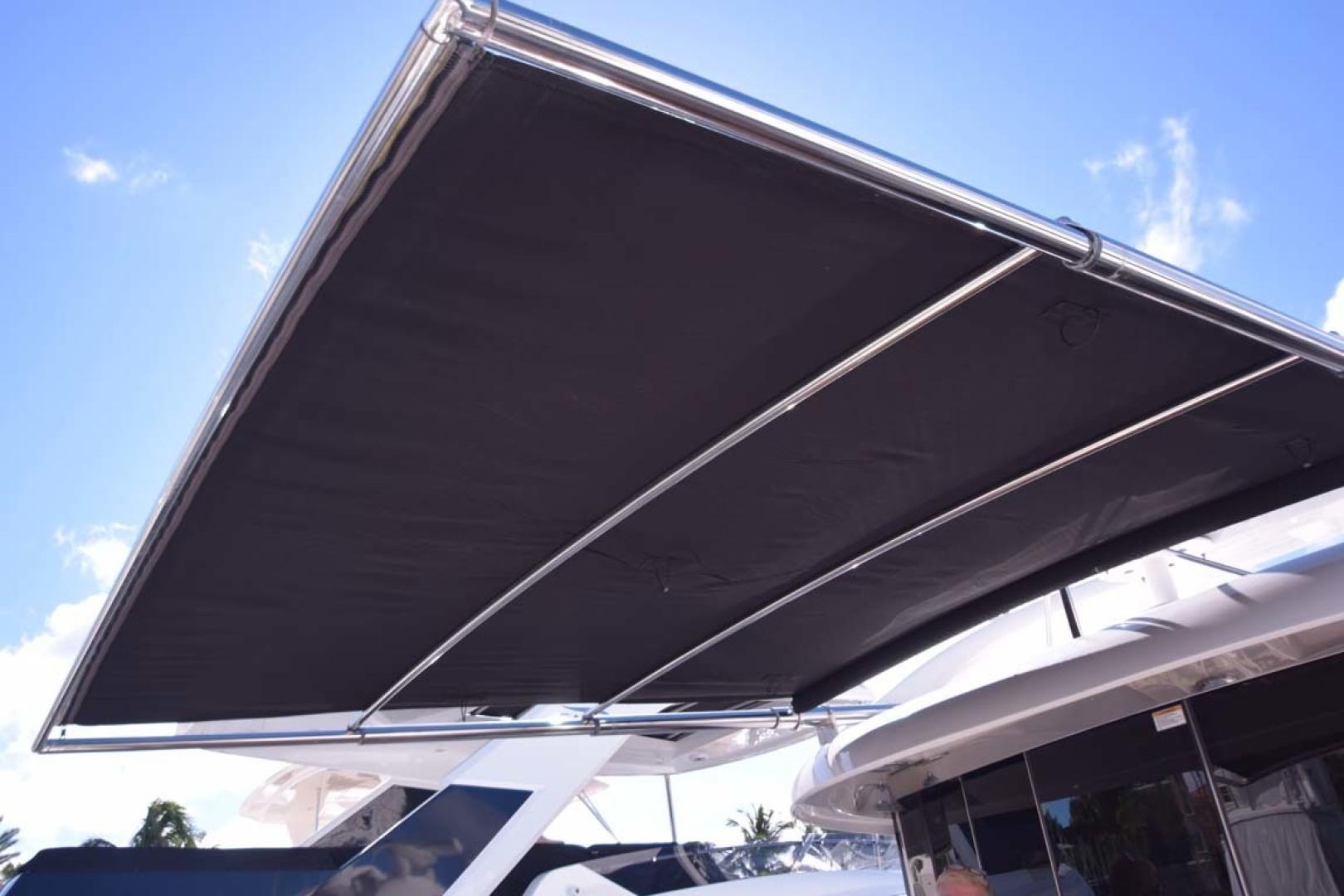 Sea Ray-Sundancer 610 2012-SON RYS Fort Myers-Florida-United States-Electronic Sunshade Fully Extended-1298486 | Thumbnail