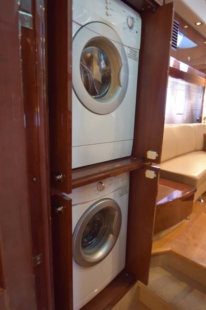 Sea Ray-Sundancer 610 2012-SON RYS Fort Myers-Florida-United States-Washer_dryer In Closet-1298460 | Thumbnail