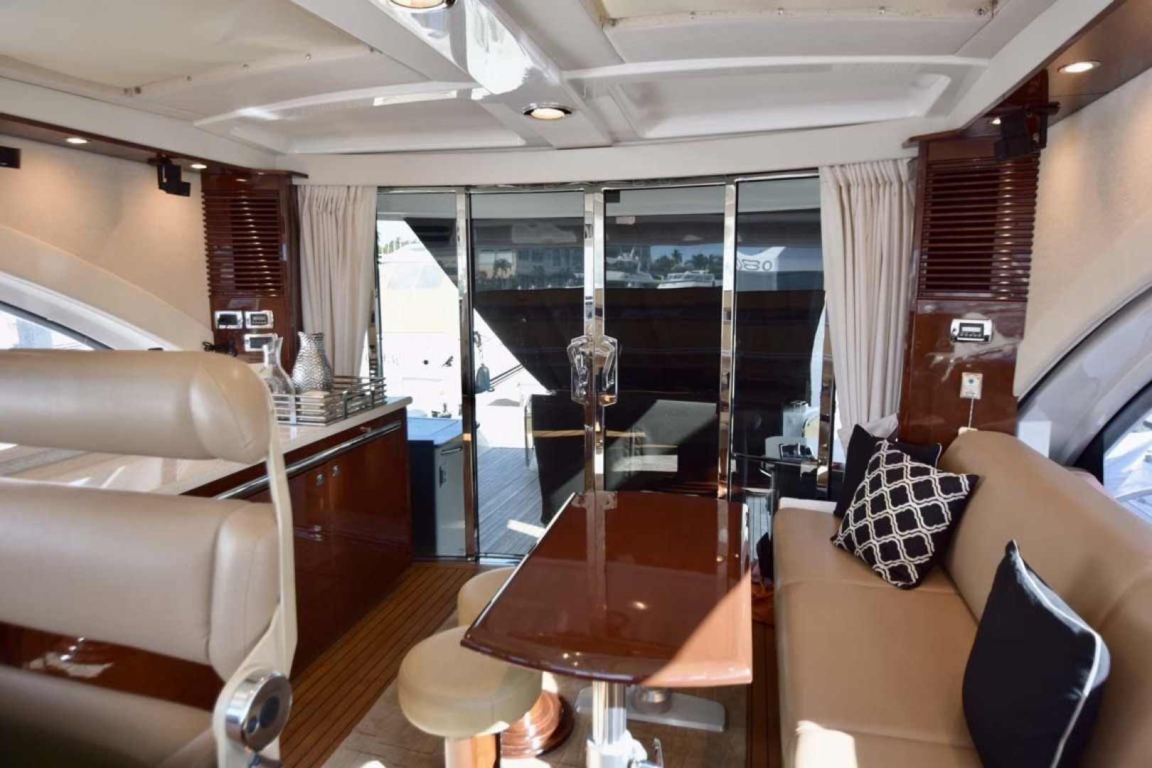 Sea Ray-Sundancer 610 2012-SON RYS Fort Myers-Florida-United States-Upper Salon View To Sliding Doors To Aft-1298440 | Thumbnail