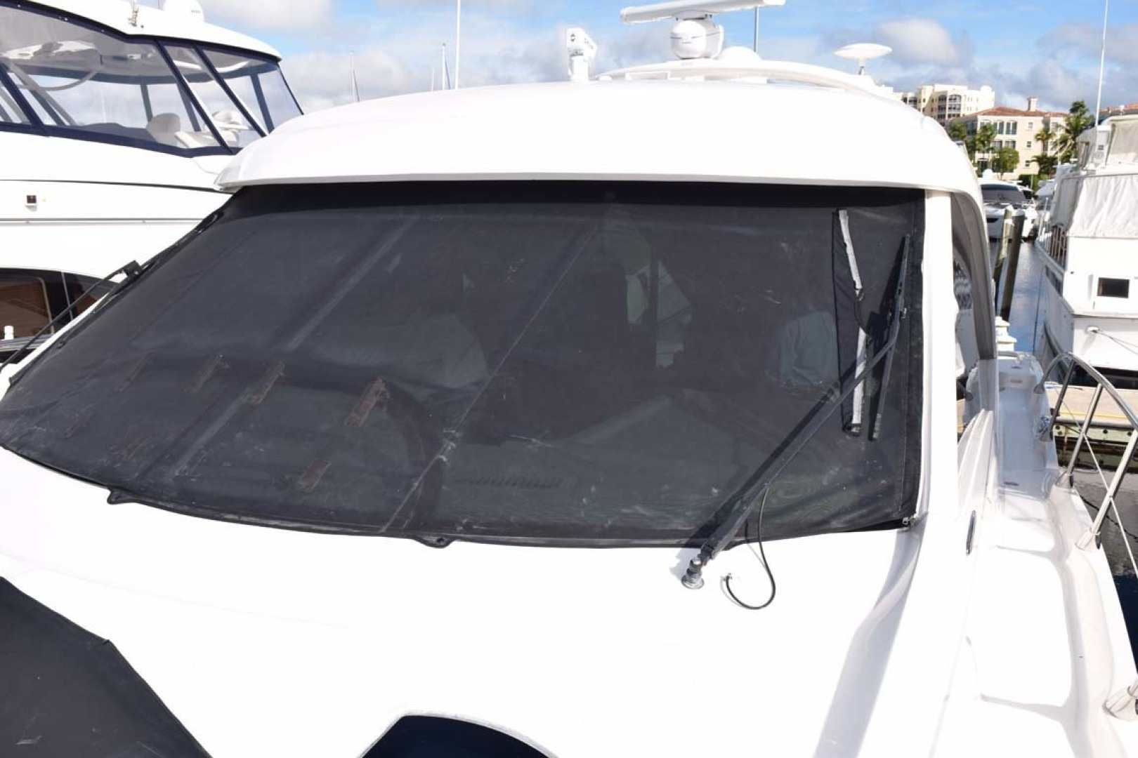 Sea Ray-Sundancer 610 2012-SON RYS Fort Myers-Florida-United States-Windshield With Covers-1298481 | Thumbnail