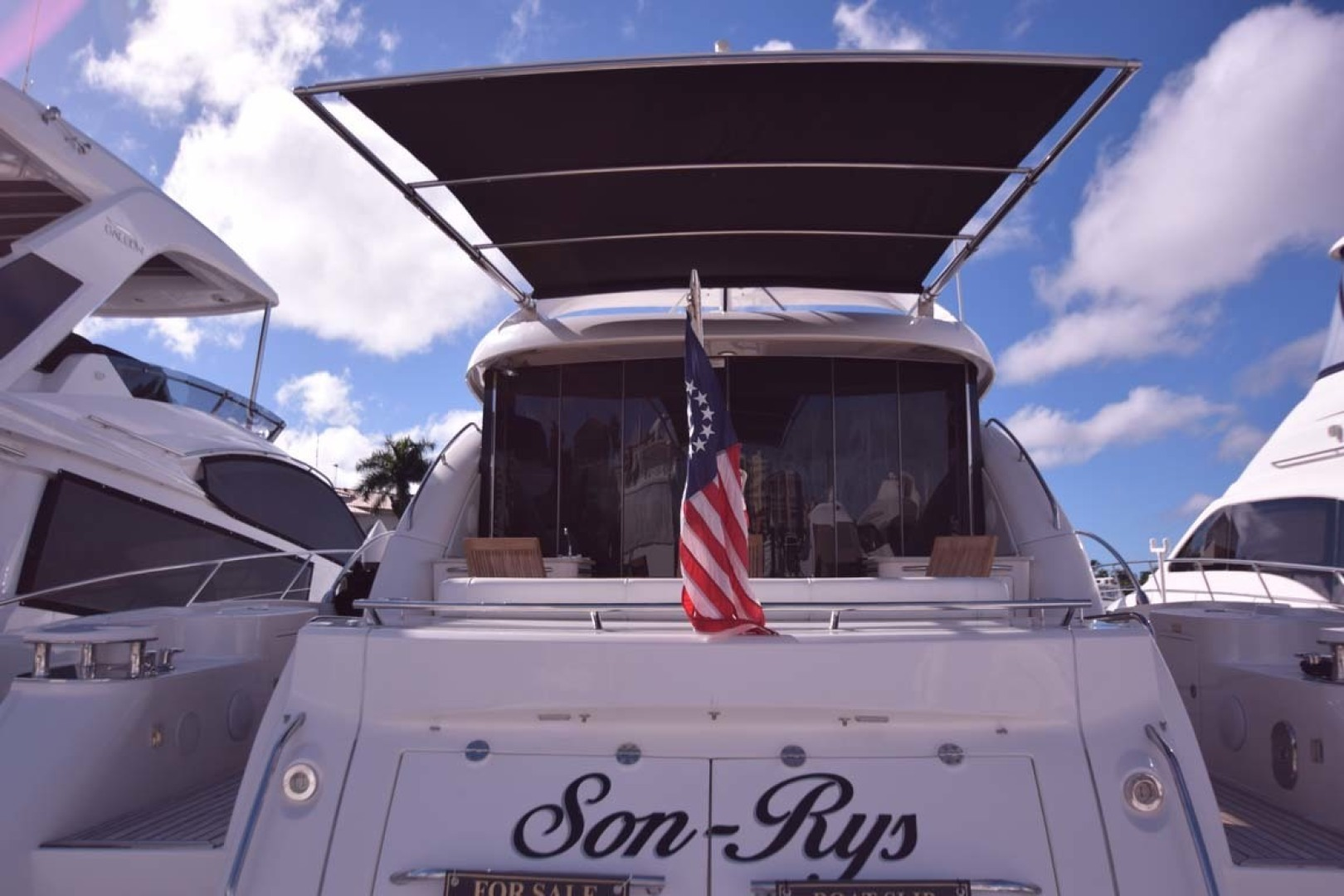 Sea Ray-Sundancer 610 2012-SON RYS Fort Myers-Florida-United States-Electronic Sunshade Covering Aft Deating-1298485 | Thumbnail