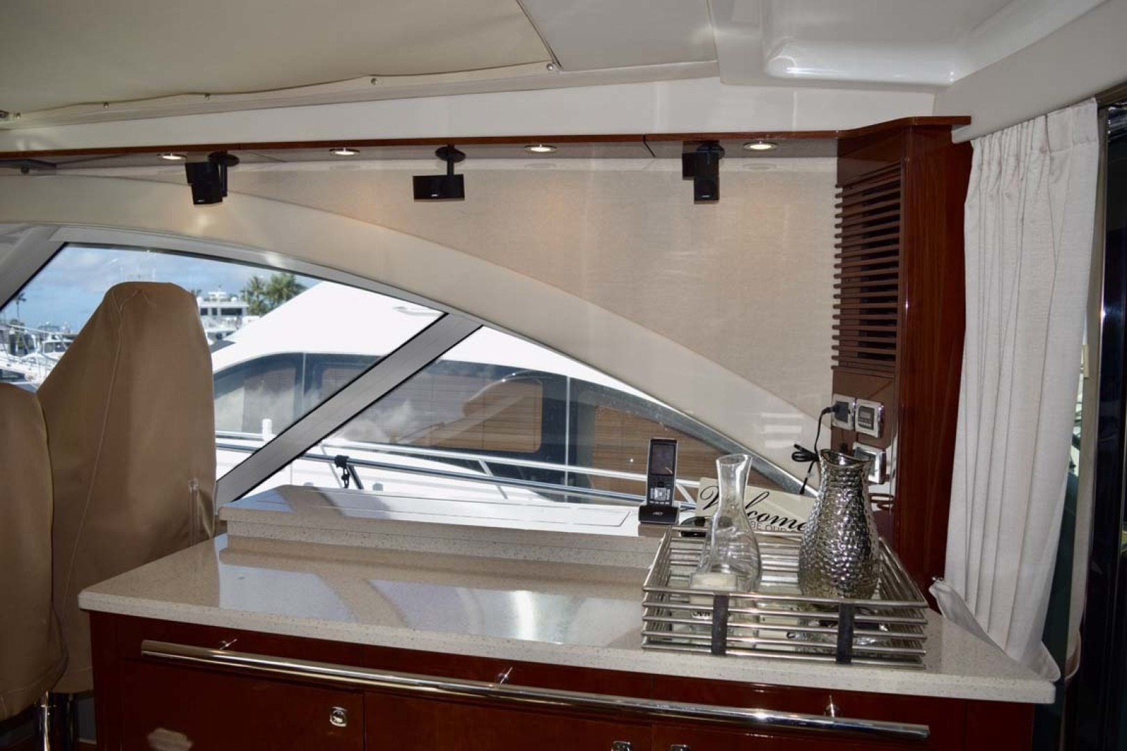 Sea Ray-Sundancer 610 2012-SON RYS Fort Myers-Florida-United States-Bar Area Housing Pop Up TV On STBD Side Upper Salon-1298436 | Thumbnail