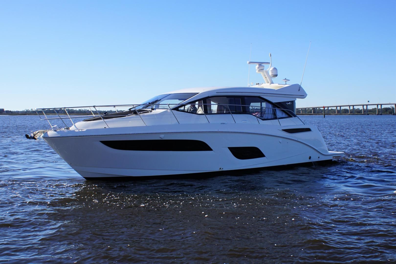 Picture Of: 46' Sea Ray 460 Sundancer 2019 Yacht For Sale | 1 of 39