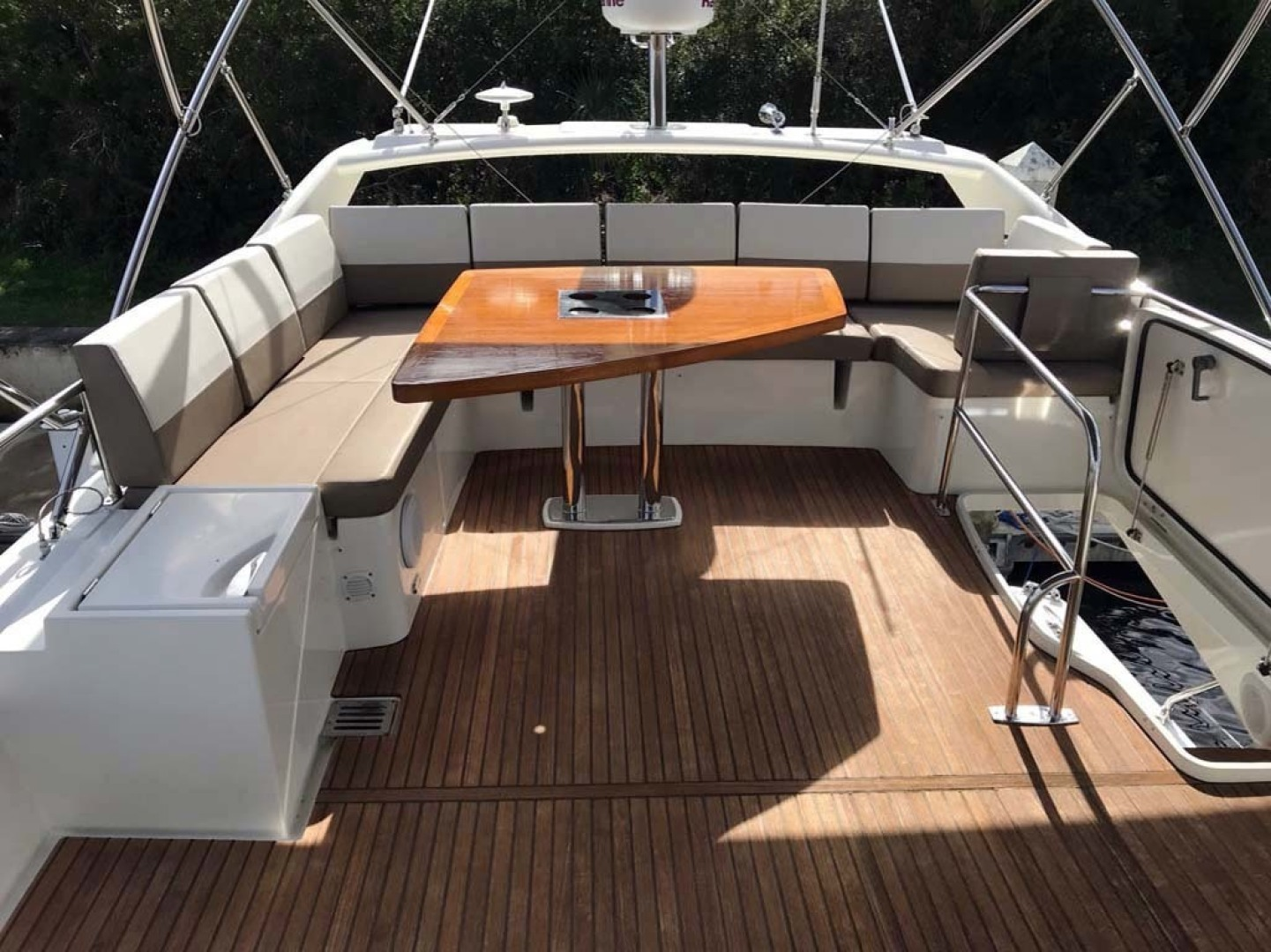 Prestige-550 2015-Higher Powered II Palm Coast-Florida-United States-Flybridge Seating-1304877 | Thumbnail