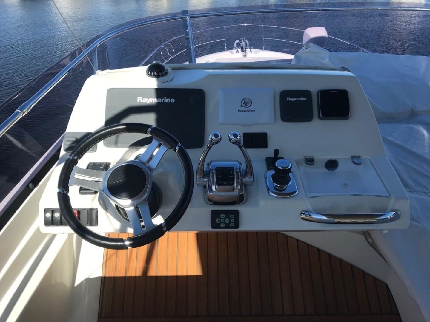 Prestige-550 2015-Higher Powered II Palm Coast-Florida-United States-Flybridge Helm-1300828 | Thumbnail