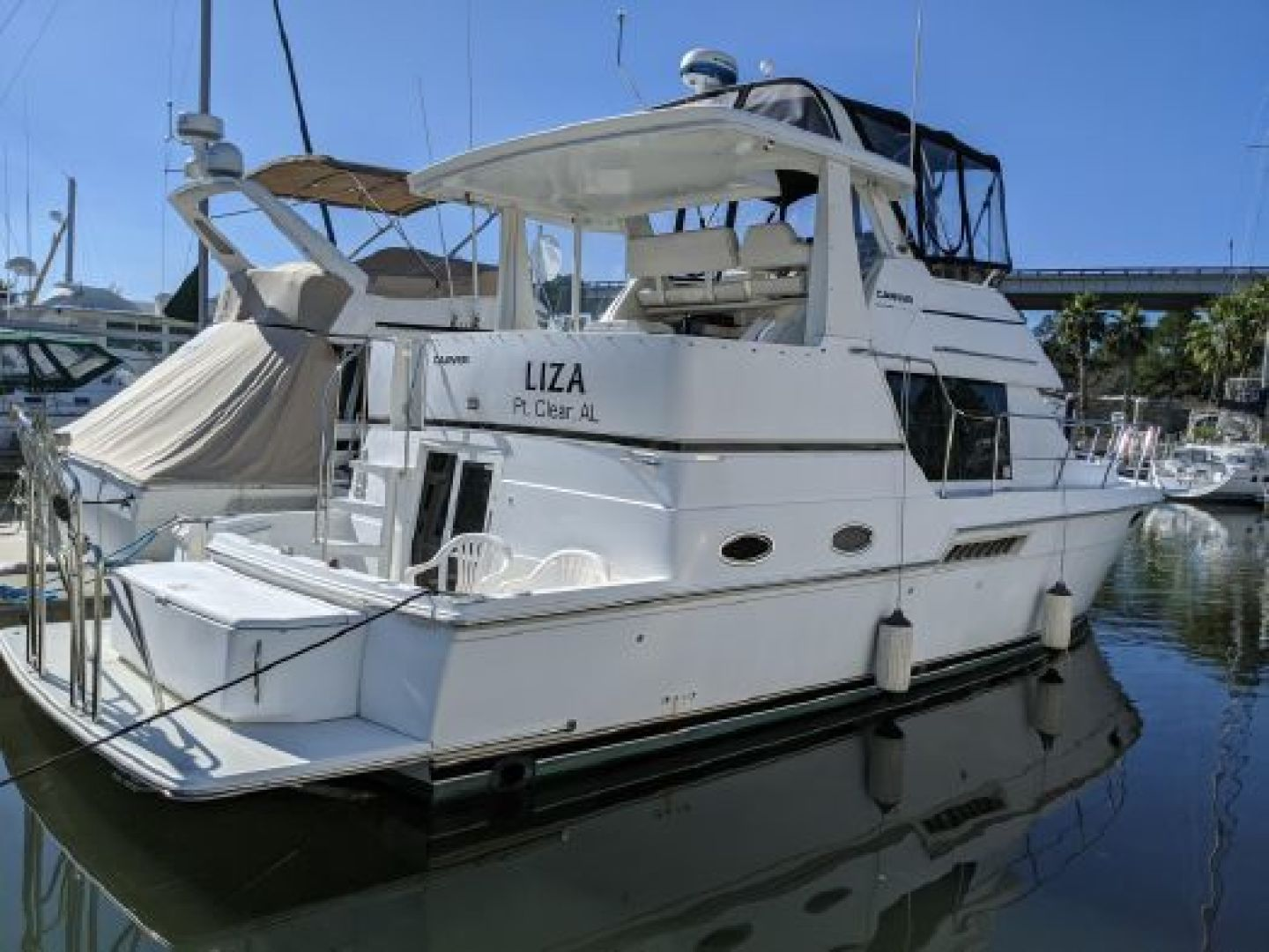 LIZA is a Carver  Yacht For Sale in Gulf Shores--0