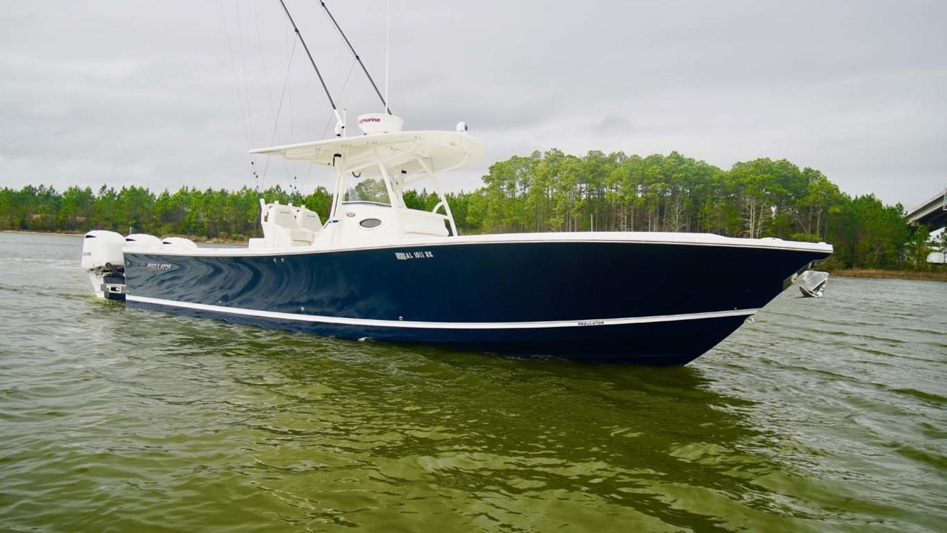 Regulator-34 2015 -Orange Beach-Alabama-United States-Starboard Bow-1301934 | Thumbnail