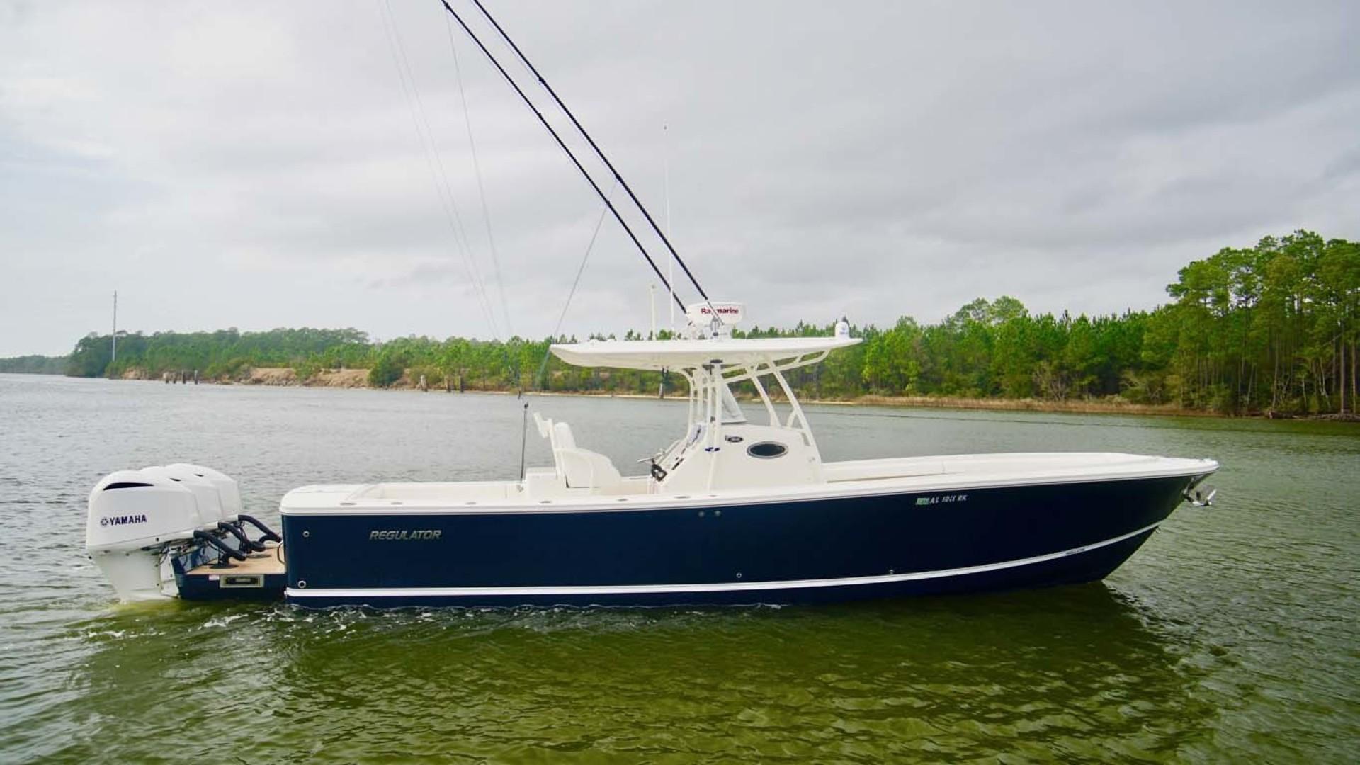 Regulator-34 2015 -Orange Beach-Alabama-United States-Starboard Profile-1301935 | Thumbnail