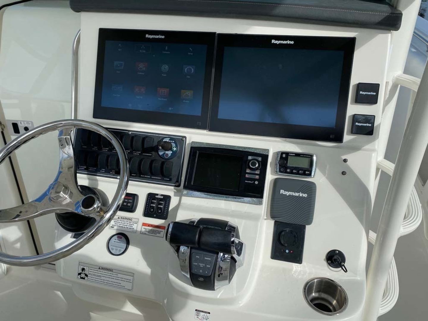 Boston Whaler-370 Outrage 2015-Reel Equity Fort Lauderdale-Florida-United States-Helm-1302001 | Thumbnail