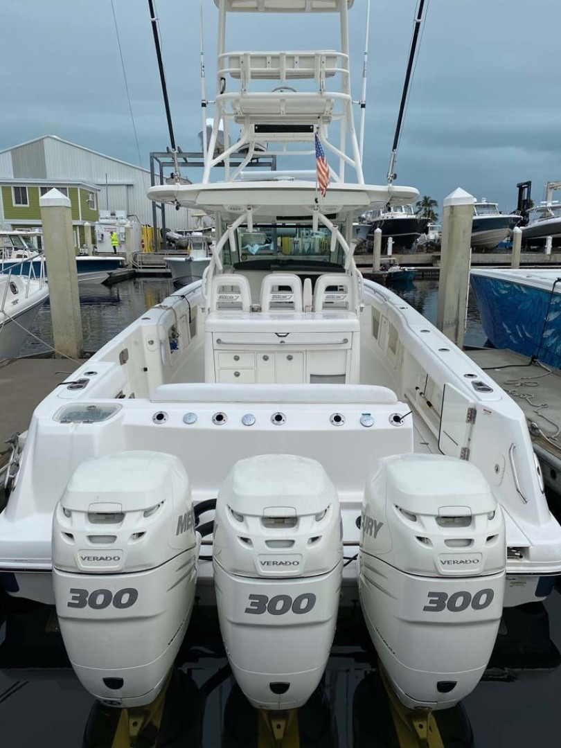 Boston Whaler-370 Outrage 2015-Reel Equity Fort Lauderdale-Florida-United States-Triple 300HP Mercury-1302010 | Thumbnail