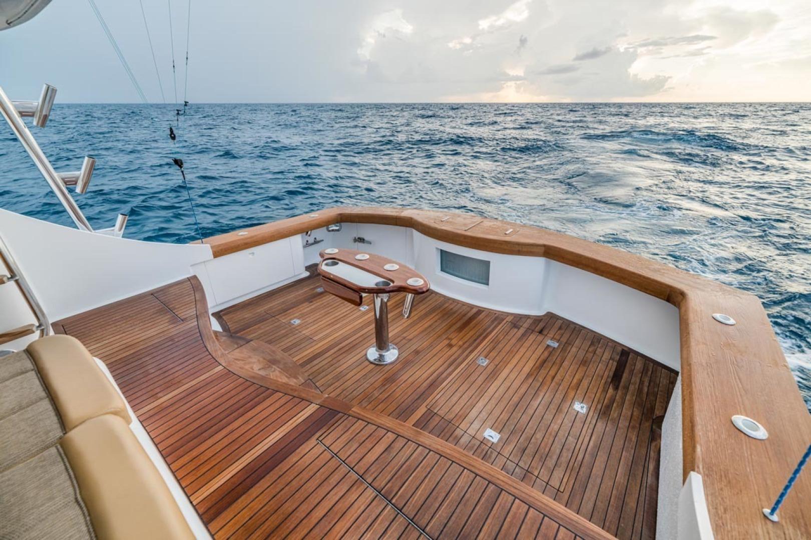 F&S-Custom Carolina with Seakeepers 2013-Epiphany Key Largo-Florida-United States-Cockpit-1447466 | Thumbnail