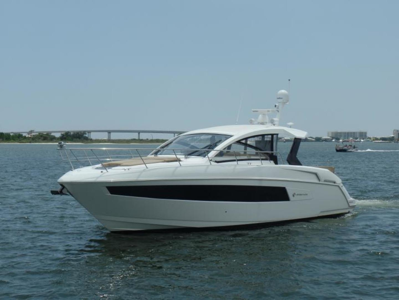 Cruisers-39 Express Coupe 2015-Tranquila Palm Beach-Florida-United States-39 Cruisers Port profile-1408609 | Thumbnail