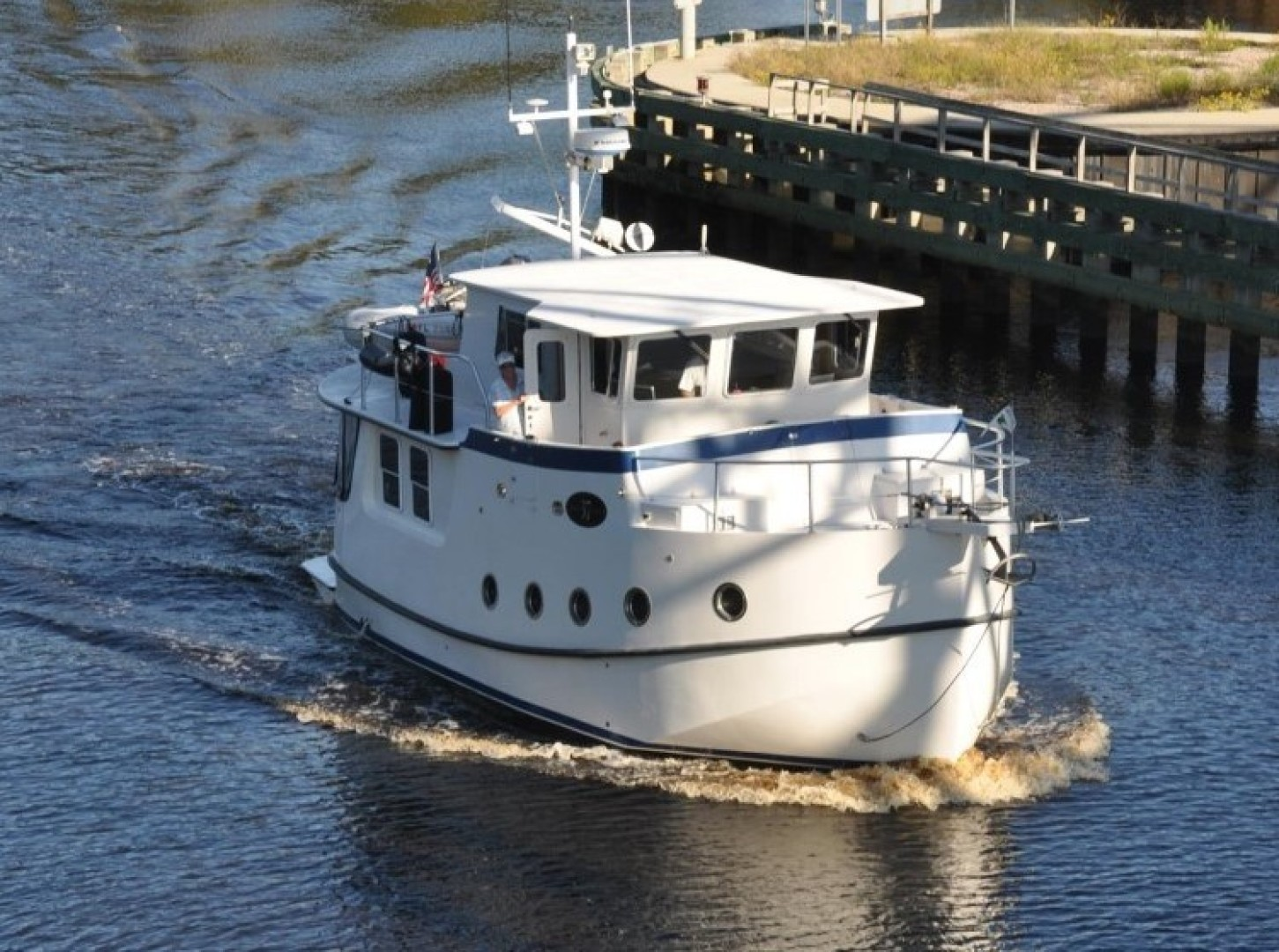 Picture Of: 37' Great Harbour GH37 2005 Yacht For Sale | 1 of 92