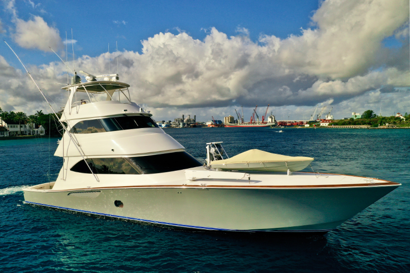 Picture Of: 76' Viking 76 Convertible 2010 Yacht For Sale | 1 of 61