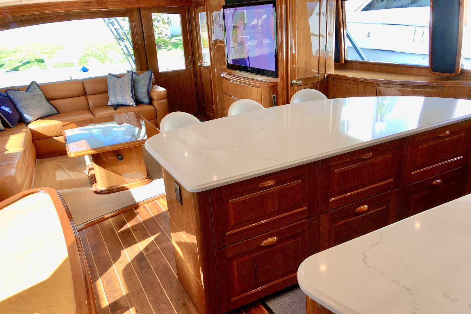Picture Of: 76' Viking 76 Convertible 2010 Yacht For Sale | 2 of 61