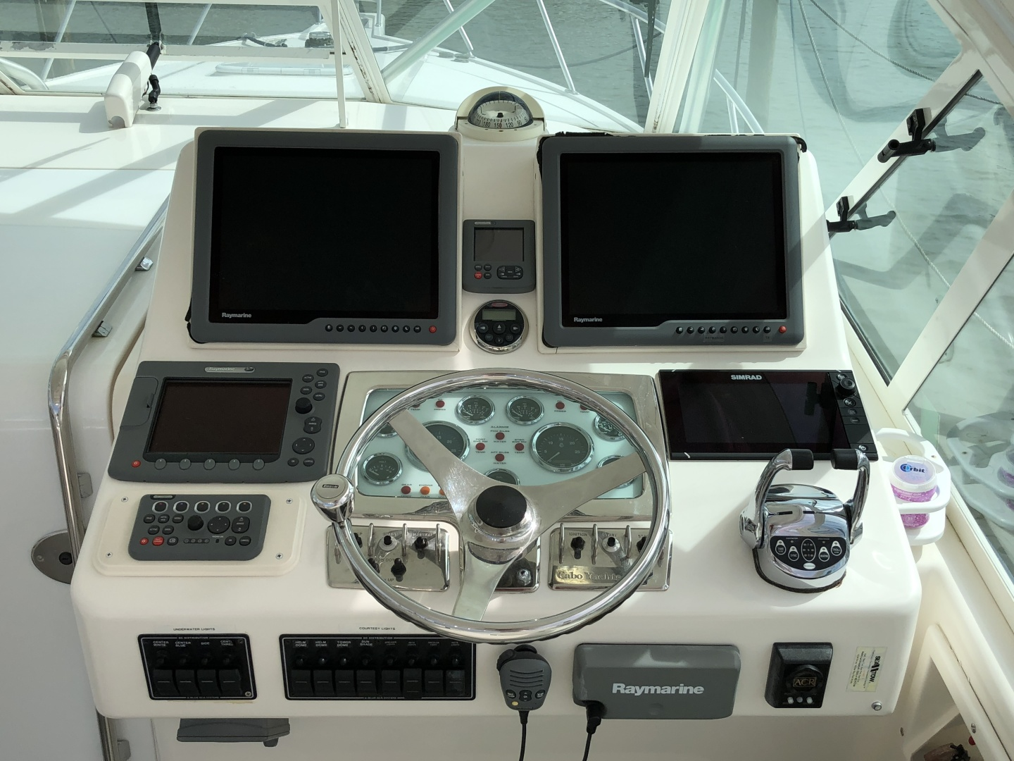 Cabo-35 Express 2003-Baby G Southampton-New York-United States-Helm Station-1309149 | Thumbnail