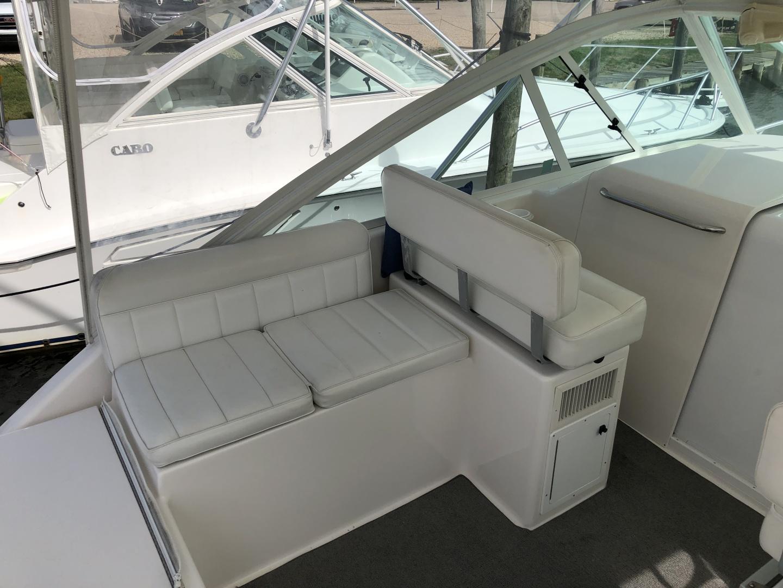 Cabo-35 Express 2003-Baby G Southampton-New York-United States-Companion Seating-1309153 | Thumbnail