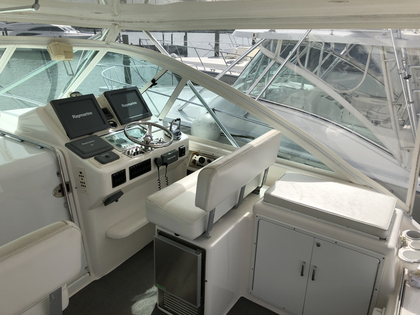 Cabo-35 Express 2003-Baby G Southampton-New York-United States-Helm Station-1309148 | Thumbnail